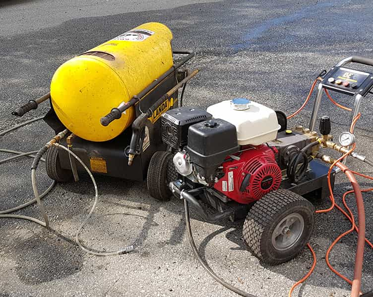 hot water pressure washing services